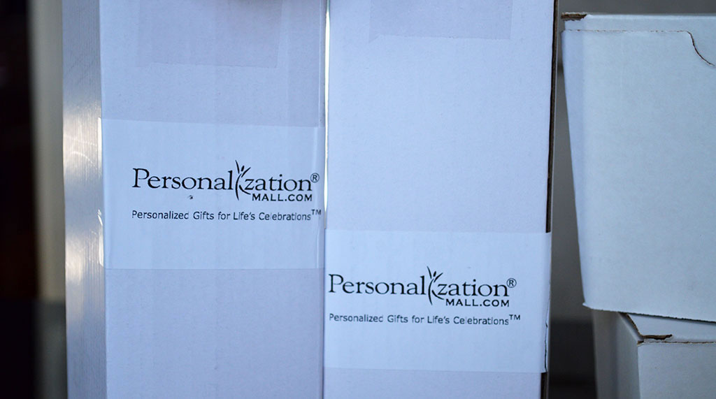 Personalization Mall Delivery Box